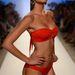 Caffe Swimwear: a tervező Paula Saavedra szexis, nőies, színes bikiniket álmodott jövőre.