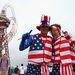 Amerikai rajongók-szurkolók a megnyitóünnepség előtt