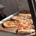 Hajnalban pedig jól jön az enyhén kiszáradt, hideg pizza