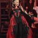 De jöjjenek az énekesnők: Annie Lennox hozta a rá jellemző drámai eleganciát
