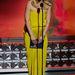 Claire Danes terhesen és Lanvinban nyert, szintén sárgán
