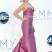 Ashley Judd egy Carolina Herrera-ruha fölé tornyozta fel a haját