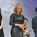 Charlize Theron a Hófehér és a vadász című filmjét promózza Japánban