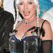Debbie Harry a Hulaween nevű partin