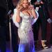 Mariah Carey fellép New Yorkban a Rockefeller Center karácsonyi fényeinek felkapcsolásakor