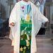 Ezt nyilván a húsvéti időre szánják, és különlegessége, hogy a pogány szimbólumnak számító tojás a vallásos húsvéti jelképek között nem szokott szerepelni