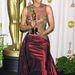 Halle Berry az Oscarra menet beleakadt egy függönybe