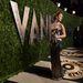 Jennifer Lawrence körbehordozza a díját
