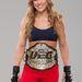 Rhonda Rousey a UFC bajnoki övével
