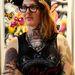Holly Saville tetoválóművész