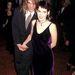 Winona Ryder ekkor rövid hajat vágatott – pasijának volt elég haja kettőjüknek. Dave Pirnerrel három évig voltak együtt