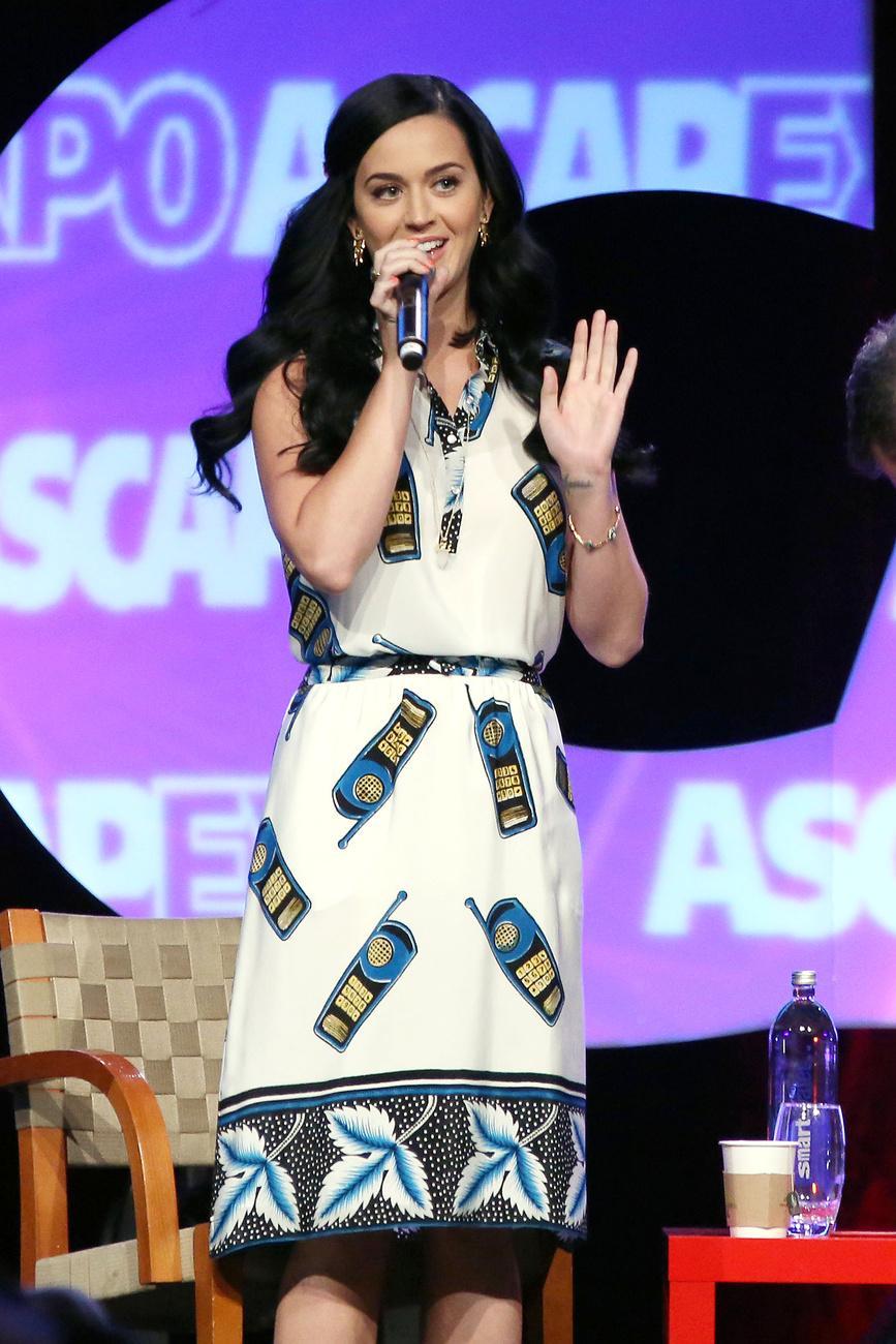 Katy Perry egy I Create Music nevű kiállításon áprilisban