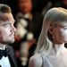 Leonardo DiCaprio Carey Mulligannel néz a fénybe