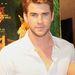 Liam Hemsworth kicsit kevésbé elegáns