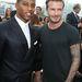 Victor Cruz és David Beckham a Louis Vuitton divatbemutatóján a párizsi férfidivathéten