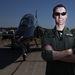 Grievey az Angol Királyi Légierő pilótája, 39 éves, BAE HAWK gépen repül