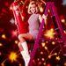 1961: Barbara Eden amerikai színész július negyedikét, az amerikai függetlenség napját ünnepli