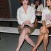 Christina Hendricks Wes Gordon divatbemutatóján