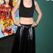 Lily Collins a Seventeen Magazine September Cover Issue bulijára ment hasvillantósban. A bőrszoknya és a rövid felső tényleg csak egy vékony tininek állhat jól.
