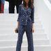 Caroline Sieber stylist a Louis Vuitton 2012-es tavasz-nyári divatbemutatójára ment így – az elsők között volt, aki a pizsamadivat felé kacsingatott