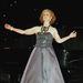 Gail Hamilton, azaz Ms. Colorado egy operaáriát énekelt el
