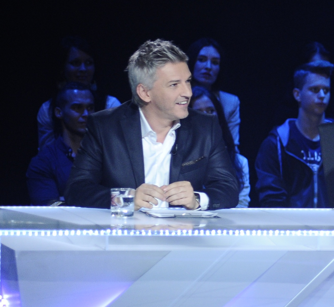 Geszti Péter az X-faktor mentoraként Szikora Róbert mellett