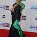 5. Lil Mama rapper pedig zöldben, zöld hajjal vonult a vörös szőnyegen