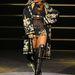 Rihanna a Diamonds Tour színpadán