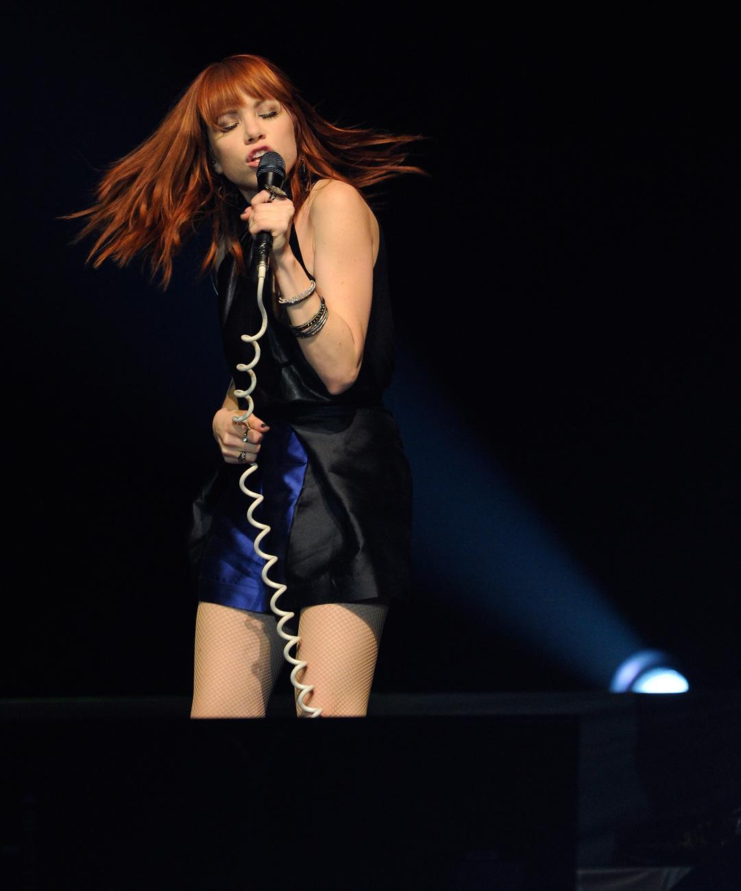 Adam Lambert a We Are Glamily Tour színpadán