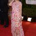De azért reménykedtünk, hogy Drew Barrymore-nak ennél a túlvirágos függönynél jobban fog menni
