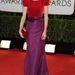 Julie Bowen egy igen merész színkombinációt választott Carolina Herrerától. A ruhapróbán talán jól nézett ki, de ha még a szőnyeg is vörös, úgy ez már tényleg szemfájdító