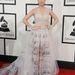 Katy Perry hangjegyes Valentino-ruhájában
