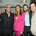 Stacy Keibler a Vanity Fair és a FIAT Oscar-előpartiján február 25-én, többek között a Vanity Fair munkatársaival