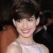 Anne Hathaway a 2013-as Oscar-kiosztón, fordított nyakláncban