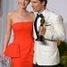 Jennifer Lawrence a 2014-es Oscar-kiosztón Matthew McConaughey oldalán, fordított nyakláncban