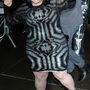 Márciusban Jean Paul Gaultier divatbemutatóján a párizsi divathéten