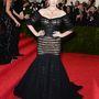 Kate Upton sem nyert, pedig a Dolce & Gabbana öltöztette – főleg a fejdísszel nehéz megbékélni