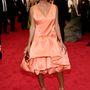 Solange Knowles ezt a ruhát a 3.1 Phillip Limtől vette, a frizurát pedig Liza Minellitől