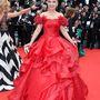 Elena Lenina mintha a gonosz királynő lenne egy olyan Disney-filmből, ami csak DVD-n jelent meg
