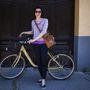 Eszter (29 éves, Pécs): Négy éve biciklizik nap mint nap, mert szerinte olcsóbb és gyorsabb, mint a tömegközlekedés. Ennek megfelelően mindenhova azzal jár a városban. Egy anno újonnan vett Csepel biciklije van, 40-60 ezer forint közé saccolta az akkori árát.