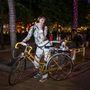 Nóra (21, Budapest, Erzsébet tér): Rendkívül vidám állapotban volt gyorsinterjúnk idején, de annyit kiszedtünk belőle, hogy mindössze három napja biciklizik (zömmel munkába) és anyukája megjavított kerékpárját használja.