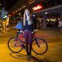 Bori (21, Budapest, Erzsébet tér): Majdnem mindenhova az új bringájával jár, ami nyár végén lett kész, 200 ezer forintért. Sokat teszi meg a Mechwart tér-Ecseri út távot, ide jár egyetemre.