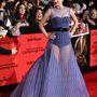 Szegény Jennifer Lawrence, itt még biztos nem gondolta, hogy hamarosan az egész világ sokkal többet lát majd belőle, mint ebben a szettóban.